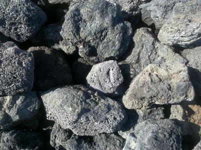 LOMLJENEC BLACK LAVA 10-30cm